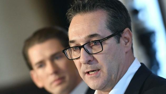 FPÖ-Chef Heinz-Christian Strache kämpft gegen die Pflichtmitgliedschaft bei den Kammern. (Bild: APA/HELMUT FOHRINGER)