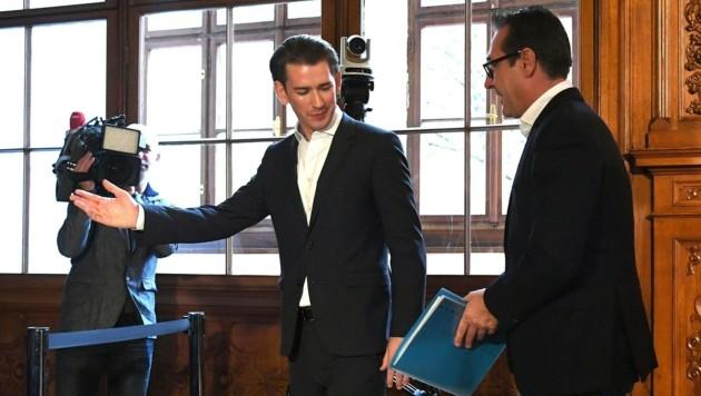 ÖVP-Chef Sebastian Kurz und FPÖ-Obmann Heinz-Christian Strache (Bild: APA/HELMUT FOHRINGER)