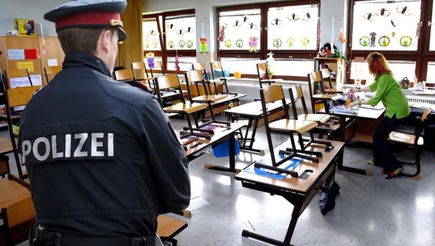 SOKO Schule: Hotline für Wiener Lehrer startet