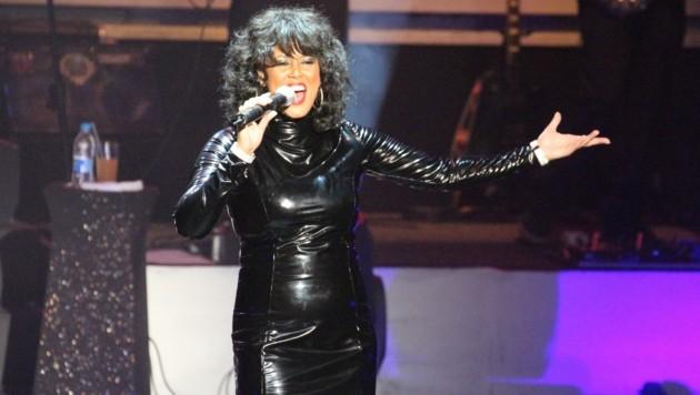 Mit City4u Zur The Whitney Houston Show Kroneat