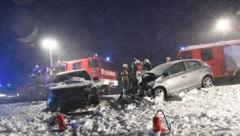 Der Wintereinbruch in Oberösterreich forderte bei einem Verkehrsunfall im Mühlviertel einen Toten. (Bild: WERNER KERSCHBAUMMAYR)