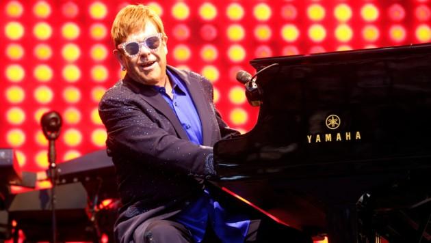 Oktav macht's möglich, Hits von Elton John nachzuspielen. (Bild: Uta Rojsek-Wiedergut)