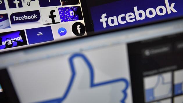 Die Weltmarke Facebook ist leicht erkennbar, aber schwer durchschaubar. Wenig Privatsphäre, wenig Transparenz. (Bild: AFP)