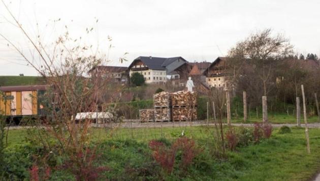 Rund 50 Menschen leben nach den Geboten der Glaubensgemeinschaft am Zachhiesenhof. (Bild: Neumayr/MMV)