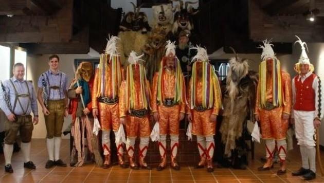 Die Tresterer im Museum Schloss Ritzen: Kostüm aus edlem Brokatstoff. (Bild: Tresterer Saalfelden)