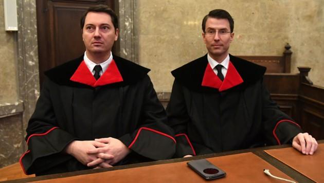 Die beiden Staatsanwälte Gerald Denk und Alexander Marchart (Bild: APA/HELMUT FOHRINGER/APA-POOL)