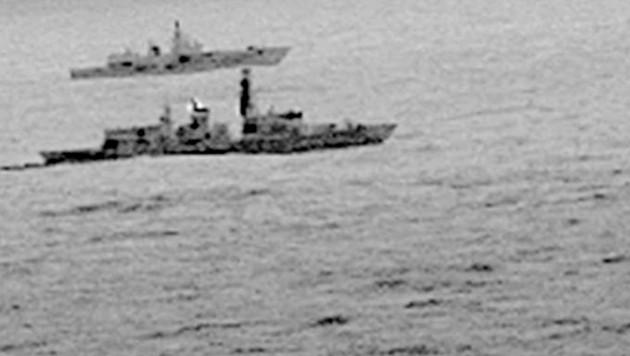 Britische Marine überwacht russische Kriegsschiffe