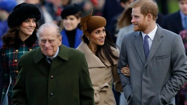 Prinz Harry und Meghan Markle bei der Weihnachtsmesse in Sandringham (Bild: Copyright 2017 The Associated Press. All rights reserved.)