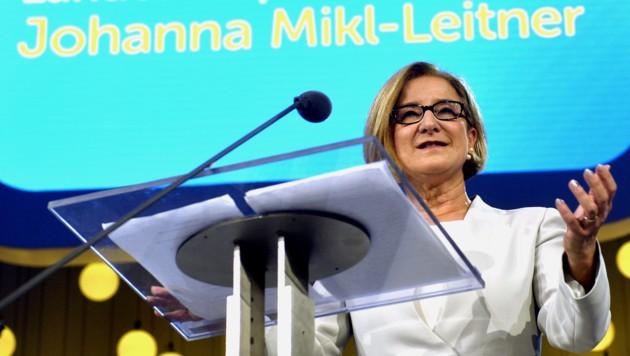 Wahlkampfauftakt der ÖVP NÖ mit Landeshauptfrau und Spitzenkandidatin Johanna Mikl-Leitner (Bild: APA/HERBERT PFARRHOFER)