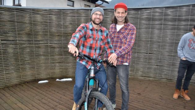 Florian Gruber (links) und Daniel Kraut organisieren den Informationsabend.