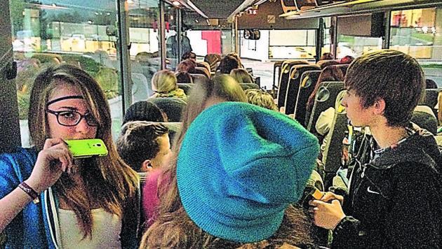 Überfüllte Busse gehören für viele steirische Schüler zum Alltag. Das soll sich ändern. (Bild: Hannes Wallner (Symbolbild))