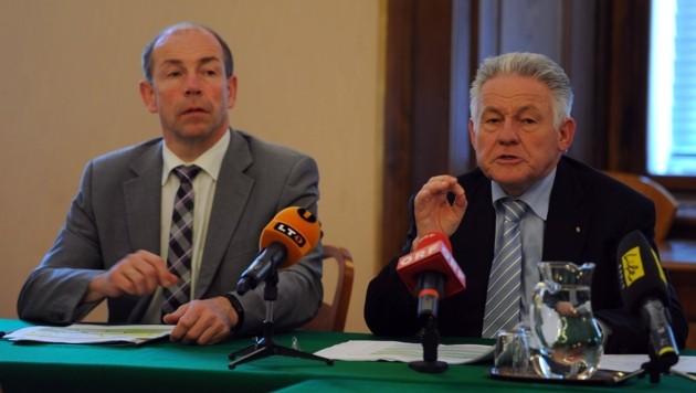 LH außer Dienst Pühringer (re.) bat seinen ÖVP-Landesrat Hiegelsberger um Weisung für Gemeindeprüfer