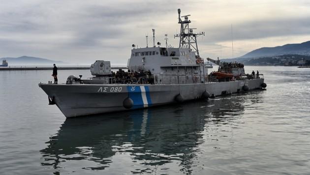 Ein Schiff der griechischen Küstenwache (Bild: AFP)