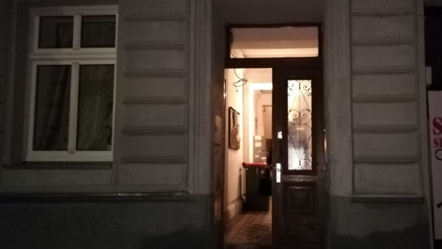 Der Eingang des Hauses in der Siebertgasse (Bild: Manfred Krejcik)