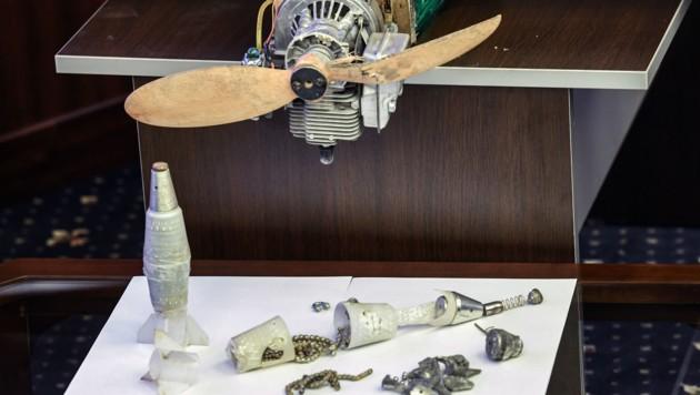 Nahansicht einer sichergestellten Drohne, die bei den jüngsten Angriffen auf Russlands Stützpunkte in Syrien verwendet wurde