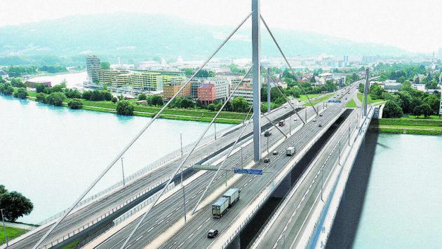 Wenn die Bypässe 2020 fertig sind, führen acht Spuren über die Donau.