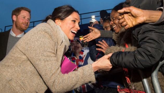 Prinz Harrys künftige Ehefrau Meghan Markle ist schon jetzt überaus beliebt, hat aber auch mit Anfeindungen zu kämpfen.