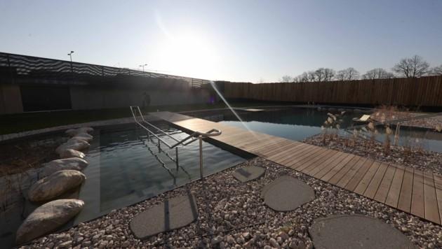 Um das neue Freizeitbad in Ried wird ein Rechtsstreit ausbrechen.