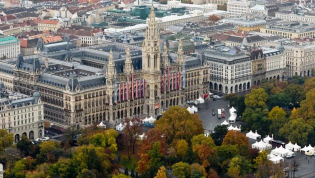 Das Wiener Rathaus (Bild: APA/HERBERT NEUBAUER)