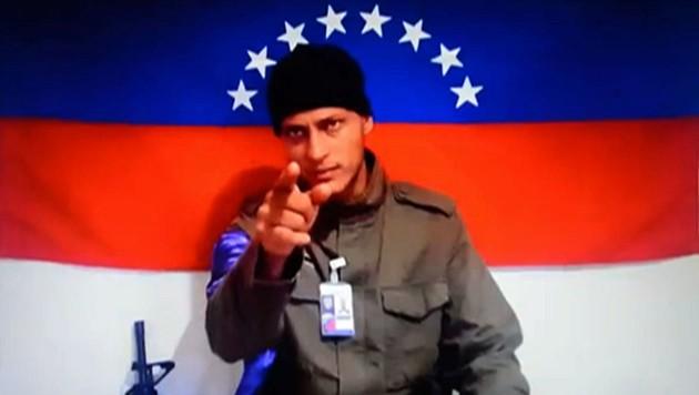 """Oscar Perez trat auch in einem Video von """"Anonymous Venezuela"""" auf. (Bild: AFP/ANONYMOUS VENEZUELA)"""