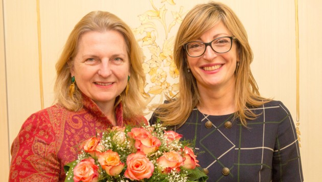 Außenministerin Karin Kneissl (FPÖ) und ihre bulgarische Amtskollegin Ekaterina Sachariewa (Bild: PHOTONEWS.AT/GEORGES SCHNEIDER)
