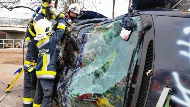 Auch das will gelernt sein: Richtige Fahrzeugabsicherung und Umgang mit Rettungsgerät