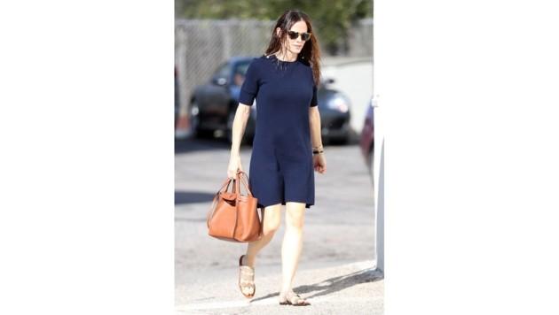 Jennifer Garner mag's unaufgeregt - auch in Sachen Handtasche.