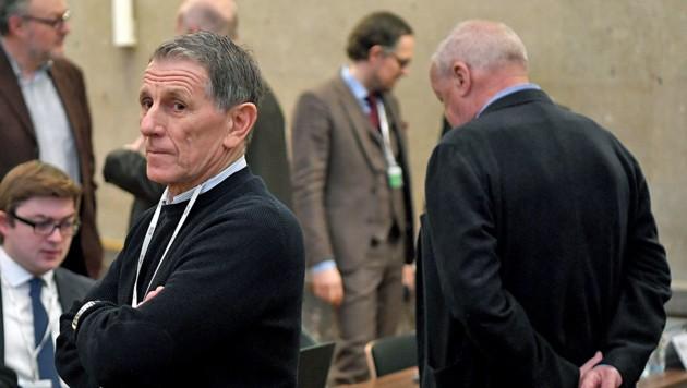 """Peter Hochegger als """"Geheimagent"""" vor dem Buwog-Deal? Diesen Vergleich stellte die Richterin am zwölften Verhandlungstag an. (Bild: APA/ROLAND SCHLAGER)"""