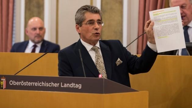 FPÖ-Klubobmann Herwig Mahr im oberösterreichischen Landtag.