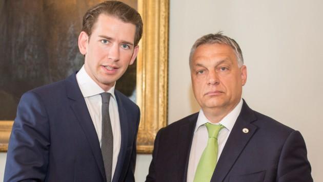 Bundeskanzler Sebastian Kurz und Viktor Orban (Bild: APA/ÖVP/JAKOB GLASER)