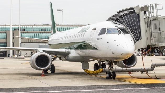 Die italienische Alitalia reagierte erst, als die Ombudsfrau die Agentur für Passagier- und Fahrgastrechte einschaltete. (Bild: stock.adobe.com)
