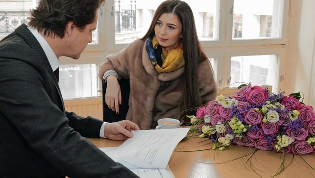 Anwalt entschuldigt sich bei opfer 30 mit blumen for Dietmar heck