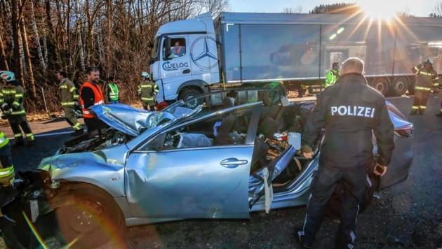 Schwerer Verkehrsunfall auf der A1 Westautobahn mit LKW (Bild: Markus Tschepp)