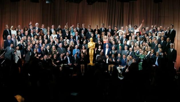 """Die Nominierten der 90. Academy Awards posieren für das offizielle """"Klassenfoto"""" im """"The Beverly Hilton""""-Hotel."""