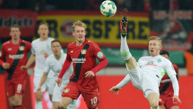 Julian Brandt (Leverkusen) und Florian Kainz (Bremen) (Bild: GEPA pictures)