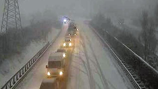 Stau auf der A10 in Kärnten (Bild: Screenshot Asfinag Webcam)