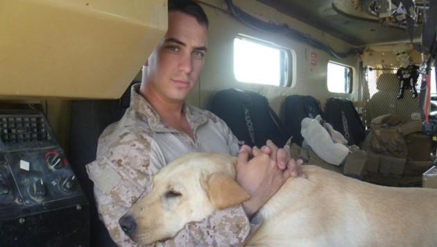 Der entlassene Polizist und Ex-Soldat Stephen Mader erhält nun 175.000 Dollar Entschädigung. (Bild: facebook.com)
