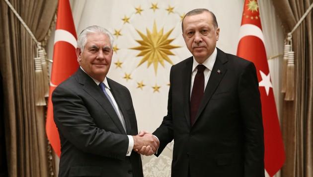 US-Außenminister Rex Tillerson zu Gast beim türkischen Präsidenten Racep Tayyip Erdogan (Bild: ASSOCIATED PRESS)