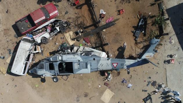 Der Hubschrauber nach dem Absturz (Bild: AFP or licensors)