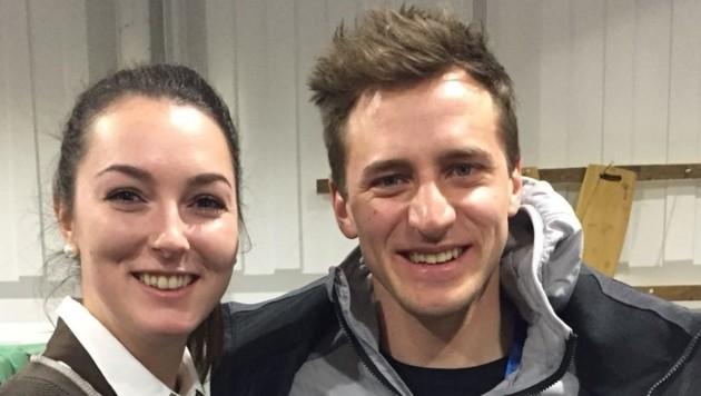 "Olympia-Selfie: Alina Waizenegger mit Gold-""Mothl"" Mayer (Bild: KTS Villach)"