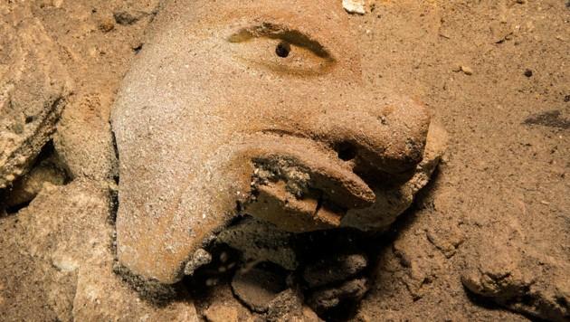 Unter den Relikten befindet sich auch eine Büste des Maya-Gottes für Handel.