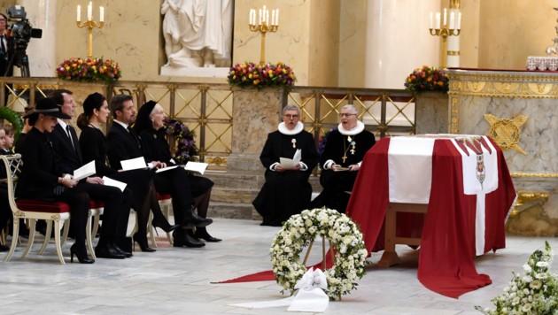 Prinzessin Marie, Prinz Joachim, Kronprinzessin Mary, Kronprinz Frederik und Königin Margrethe bei der Trauerfeier für Prinz Henrik.