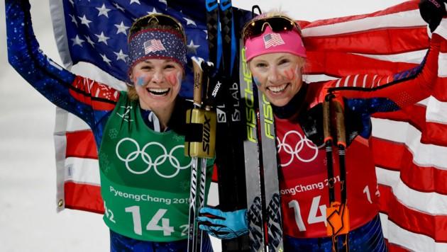 Jessica Diggins und Kikkan Randall (Bild: AP)