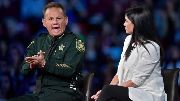 Sheriff Scott Israel bei einer Bürgerveranstaltung in Florida