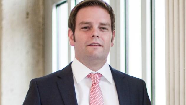 Markus Abwerzger von der FPÖ hat garkeinen richtigen Urlaub in Aussicht. (Bild: APA/EXPA/Jürgen Feichter)