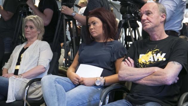 Die Eltern und die Schwester von Nicky Verstappen, der vor 20 Jahren aus einem Zeltlager im Grenzgebiet zwischen Deutschland und den Niederlanden verschwand und später tot aufgefunden wurde