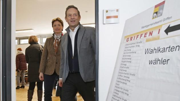 ÖVP-Spitzenkandidat Christian Benger im Wahllokal von Griffen