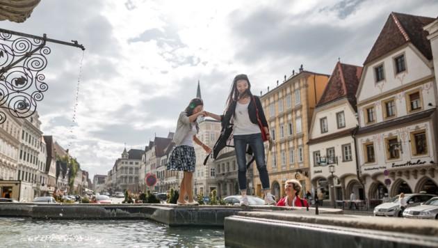 Für den asiatischen Markt wurden eigene Fotos gemacht, um für Oberösterreich zu werben. (Bild: Oberösterreich Tourismus/Marco Leiter)