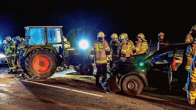 Traktor gegen Pkw