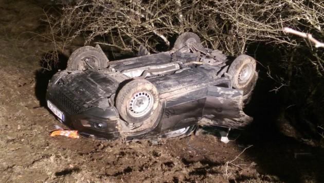 Nach einem Verkehrsunfall in Vorderstoder war der Lenker (54) sechs Stunden im Wrack eingeklemmt.